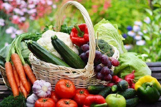 Fruit-basket-6401.jpg